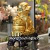 Chó vàng bên hũ vàng C007A