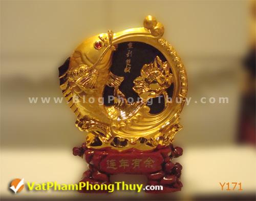 fe8233a347y Y171.jpg Cá Phong Thủy – biểu tượng của phú quý, giàu sang, may mắn với hơn 20 kiểu dáng đẹp