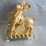H053 2 150x150 Dê vàng đống vàng  kim dương vượng tài H053G