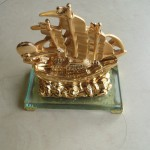 h453 150x150 Thuyền buồm vàng nhỏ H453G