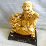 K032 1 150x150 Khỉ sa kim trên túi vàng  chiêu tài tấn bảo K032M