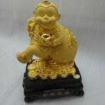 k035 2 150x150 Khỉ tài lộc vác túi tiền   Kim hầu tống phước K035M
