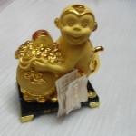 k054 2 150x150 Khỉ ôm túi vàng   tài nguyên cuồn cuộn K054M