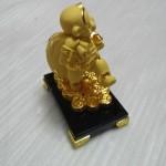 k065 1 150x150 Khỉ kéo túi vàng K065M