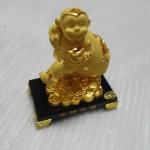 k065 2 150x150 Khỉ kéo túi vàng K065M
