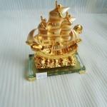 k166 21 150x150 Thuyền buồm vàng K166M
