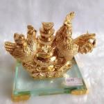g013 2 150x150 Gia đình gà trên nguyên bảo nhỏ G013A
