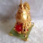 g071 2 150x150 Gà mái vàng ấp trứng vàng G071A