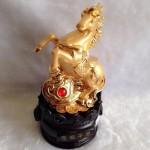 g110 2 150x150 Ngựa vàng trên như ý vàng đế tròn G110A