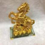 g107 150x150 Ngựa vàng nguyên bảo đế thủy tinh G107A