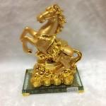 g107 2 150x150 Ngựa vàng nguyên bảo đế thủy tinh G107A
