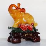 c116a voi vang ben mau don 1 150x150 Voi vàng ngọc trên mẫu đơn C116A