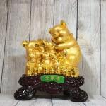 ln030 gia dinh heo vang 2 150x150 Hoàng gia bảy heo vàng trên đống tiền LN030