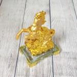 ln135 vua ngua vang bap cai 1 150x150 Vua ngựa vàng trên bắp cải vàng LN135