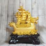ln138 thuyen buom vang dau rong 1 150x150 Thuyền buồm đầu rồng chở vàng LN138
